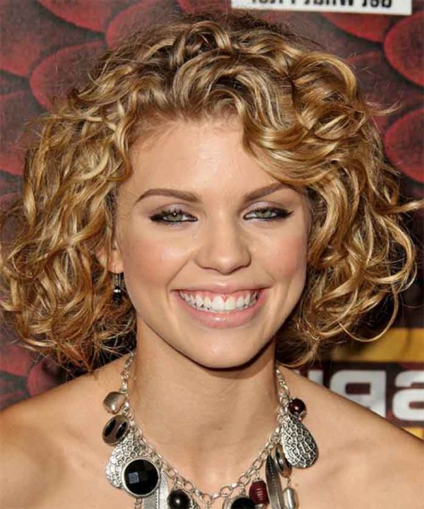25 Best Curly Short Hairstyles For Round Faces Fave