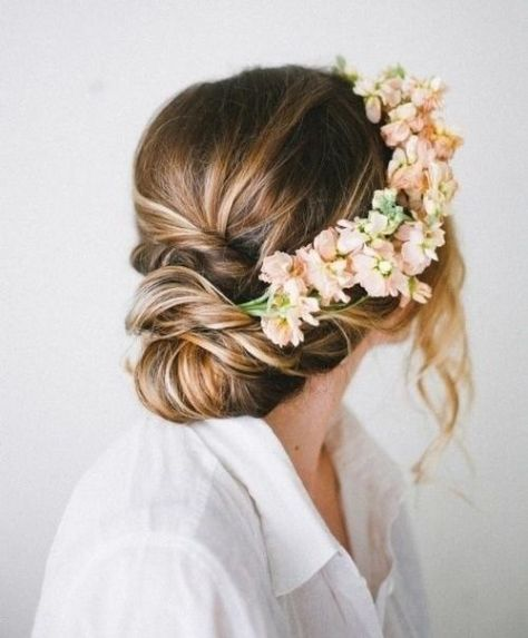 Amazing Fall Wedding Hairstyles