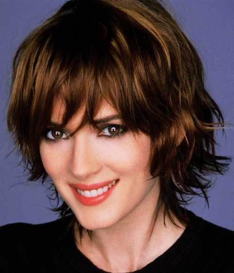 Cute_hairstyle_for_short_wavy_hair