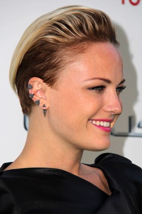 women's-short-undercut-hairstyle