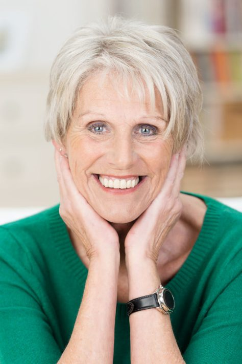 Chic Short Hairstyles for Women Over 50