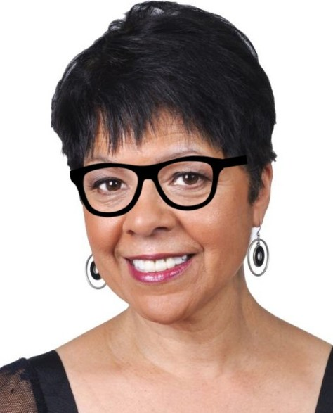 Short Hairstyles For Over 50 With Glasses