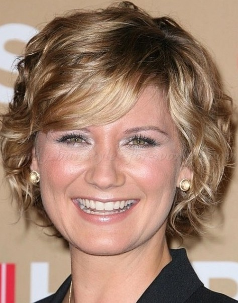wavy short hairstyle for women over 50