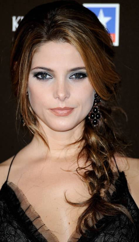 """MADRID, SPAIN - JUNE 28: Actress Ashley Greene attends """"The Twilight Saga: Eclipse"""" premiere at Kinepolis Cinema on June 28, 2010 in Madrid, Spain. (Photo by Carlos Alvarez/Getty Images)"""