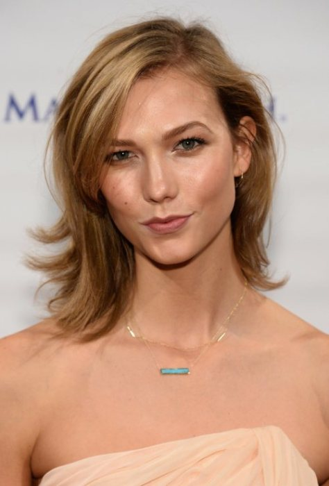 Karlie Kloss short hairstyle for fine hair