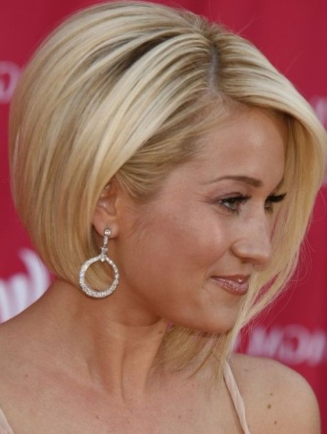 Hairstyles, Hair Colors and Haircuts for Women