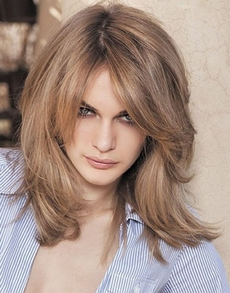 Shoulder-Length Layered Hairstyles Women
