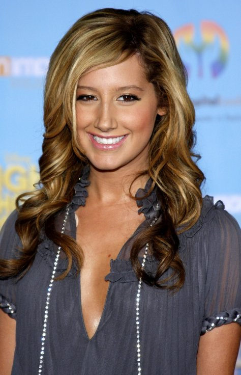 Ashley-Tisdale-Hairstyle