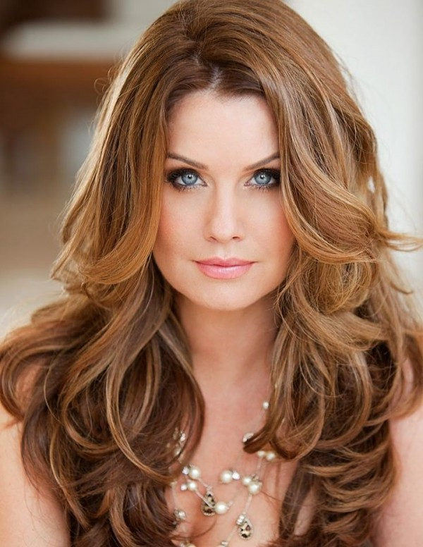 40 Long Hairstyles You Will Love To Try  Fave HairStyles - Flattering Hairstyles For Round Faces