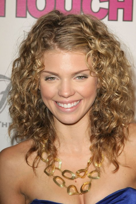 summer curly hairstyles