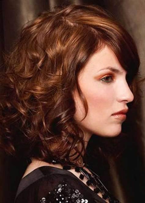 curly medium hairstyles