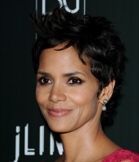 black hairstyles pixie