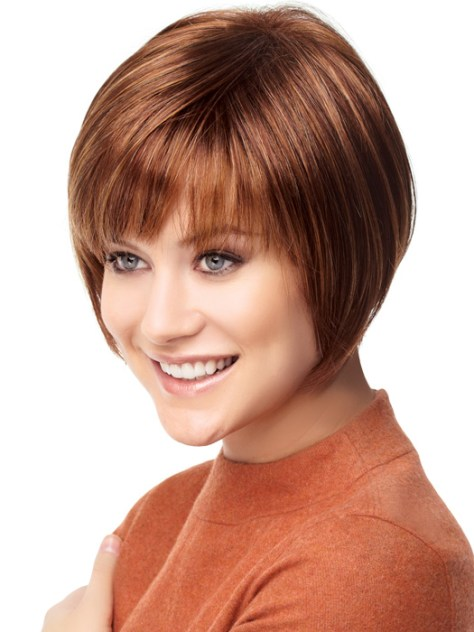 Short haircuts with layering, curved fringe and matching the face shape.