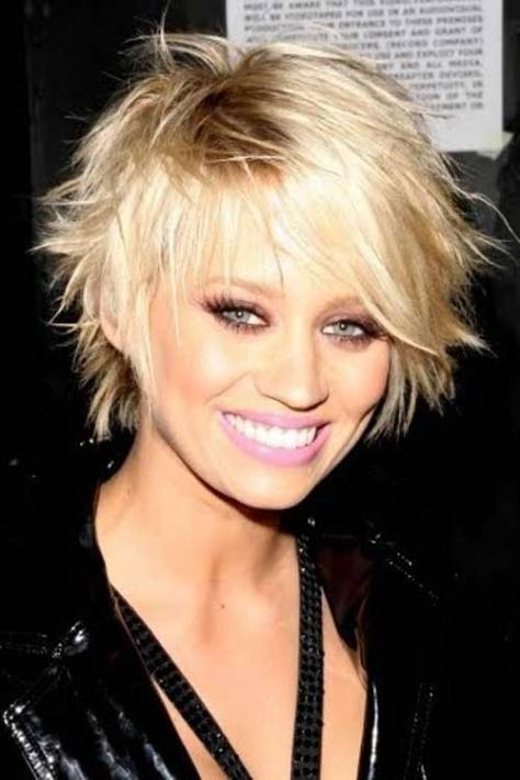 Short layered haircut with pointed texture for bold and beautiful element of style.