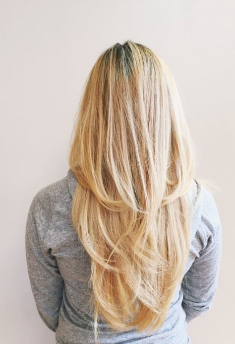 35 Mid-back long blonde hair with layers