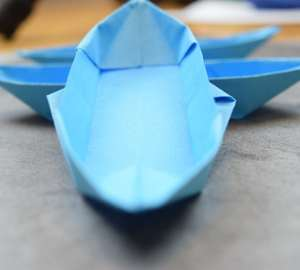 A distinctly blue Na'vi Origami Boat