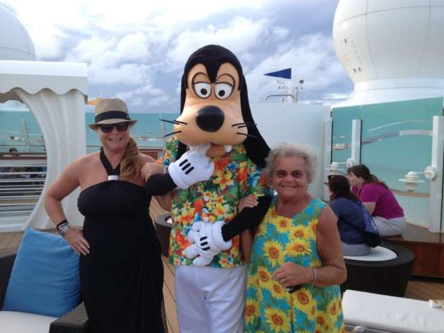 Disney Cruise Line Girls Trip | Favemom.com