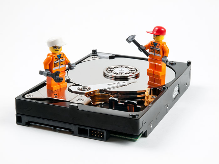 FavGeek can go onsite or repair your PC over the internet!