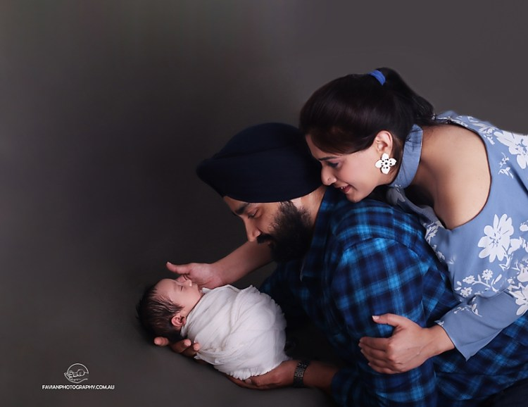 newborn and parents portrait, Brisbane studio
