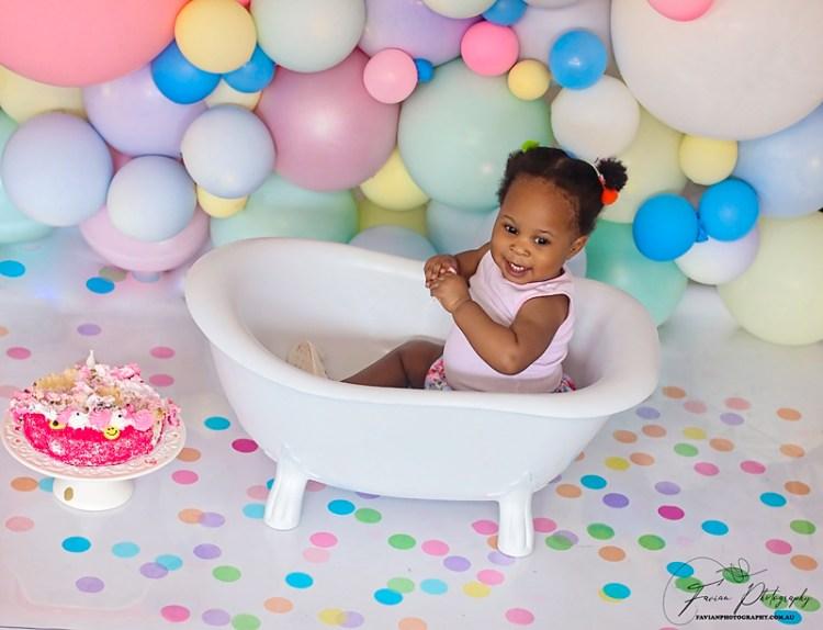 Birthday cake smash Photographer