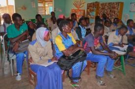 Participants à la bibliothèque de Kongoussi