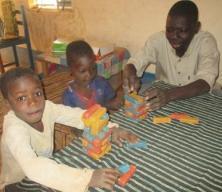 Jeux de puzzles avec les enfants 2