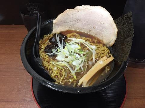 北海道の旭川ラーメン店が東京初出店。こだわりの麺と味はその日の気分で選べます。「北海道ラーメン 鷹の爪」に行く。