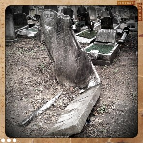 walthamstow-cemetery-queens-road_6072873351_o