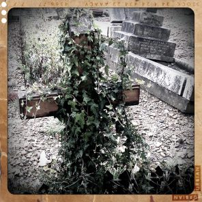 walthamstow-cemetery-queens-road_6073453314_o