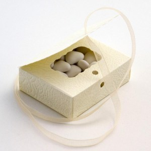 Cream Favour Boxes