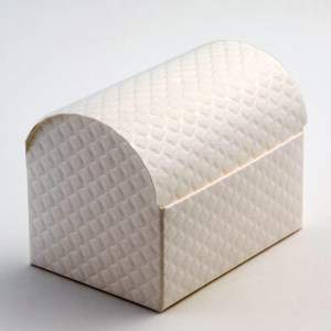Antique White Trapunta Cofanetto Favour Box