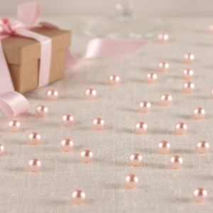 Baby Pink Table Pearls