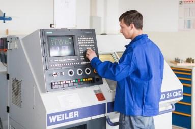 FAW Berufliches Ausbildungszentrum CNC-Metall