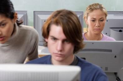 Aktiv fuer Arbeit_Arbeiten am PC