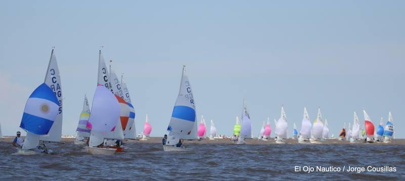 Los argentinos navegando en la clase Cadet - Preparaciòn Cadet World Championship