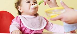 Bebeklerde Ek Gıda Ne Zaman Başlanır?