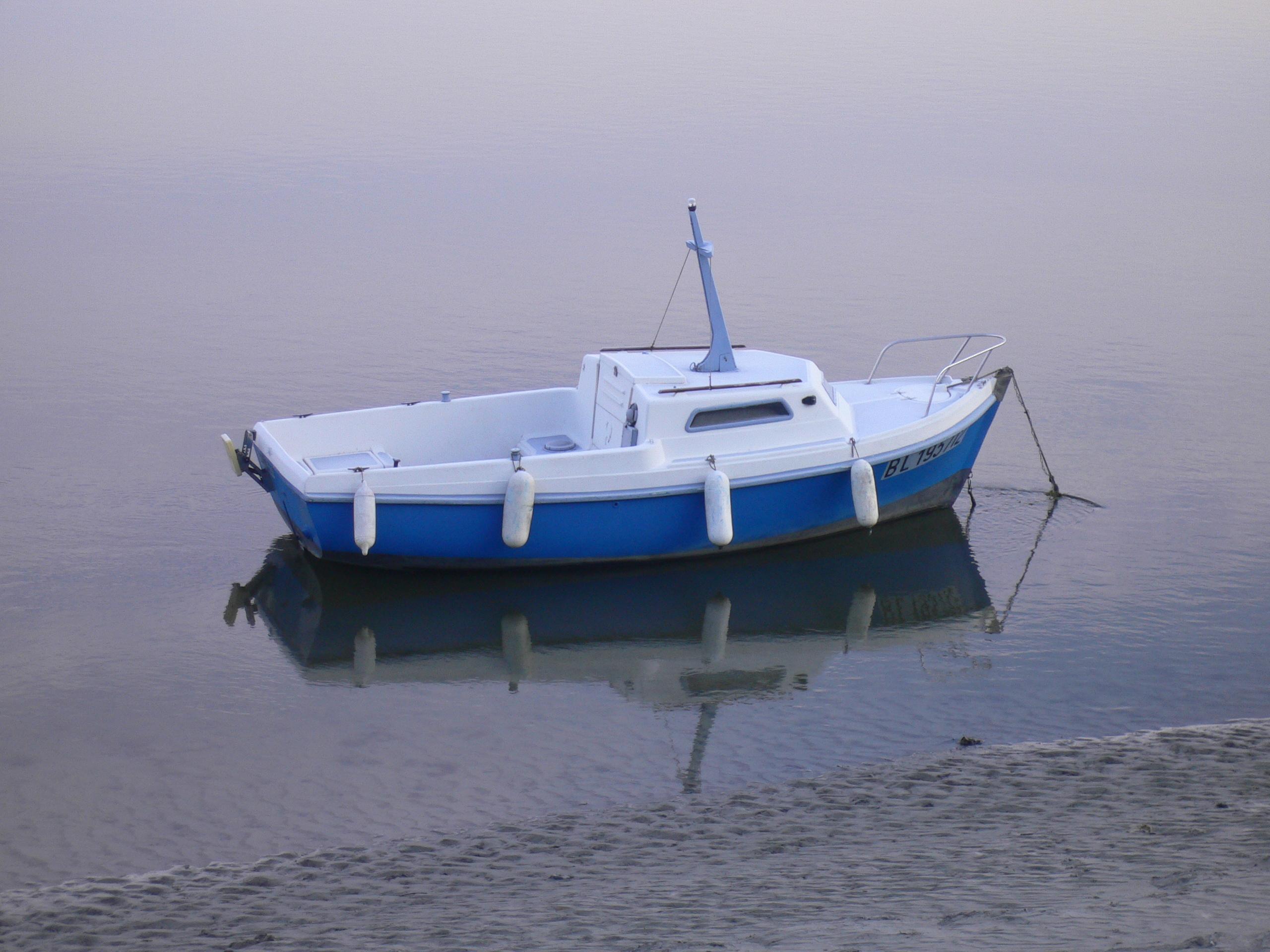 blue-boat.jpg