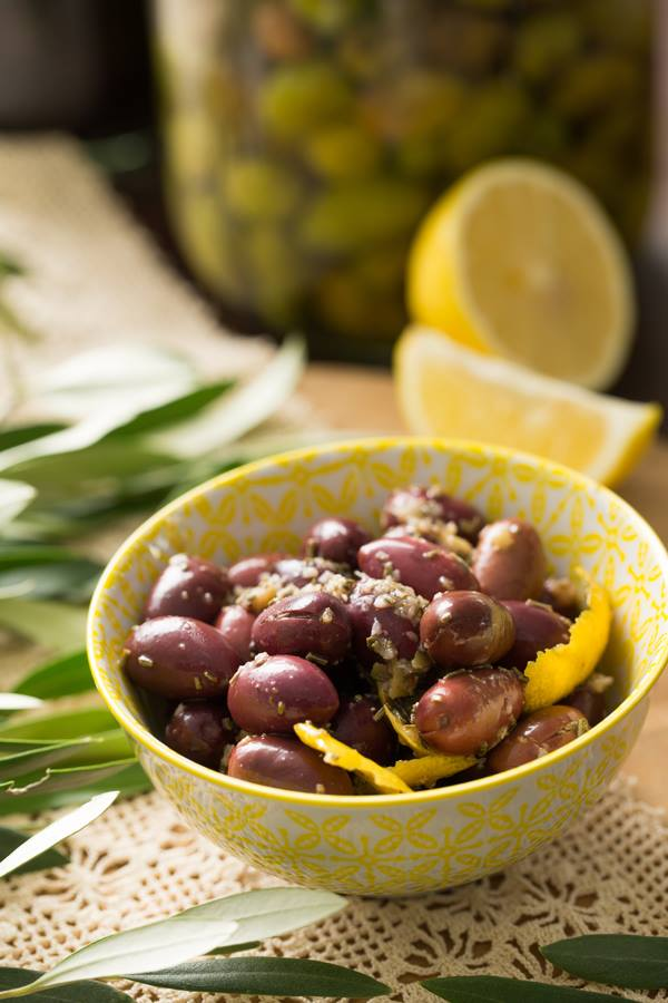 Elies - Warm Kalamata Olives