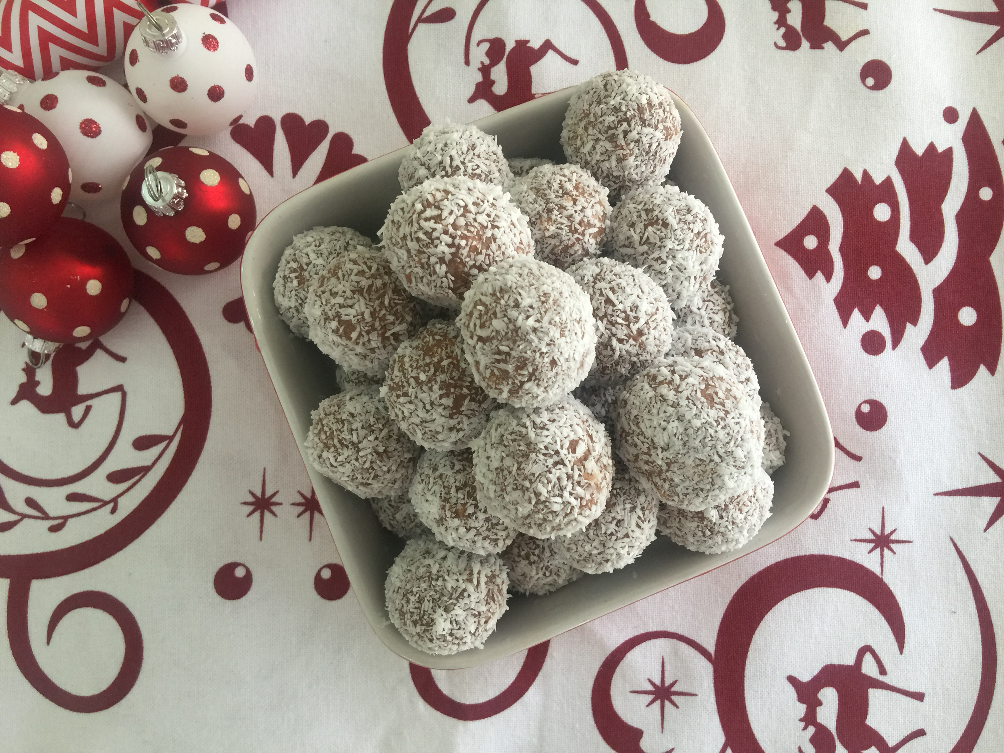 Chocolate Christmas Balls - Recipe For Thermomixer