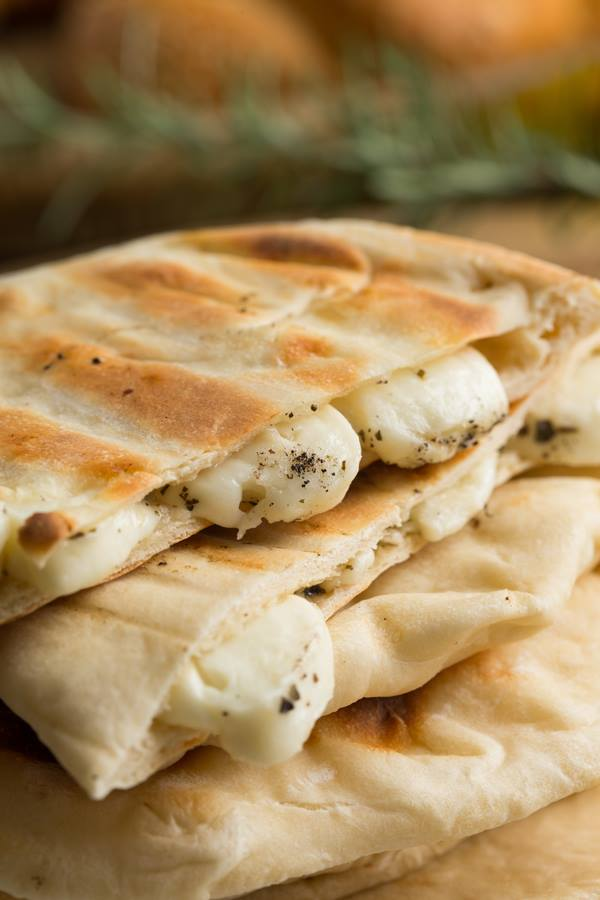Thermomix Pita Bread Pockets For Halloumi or Dips