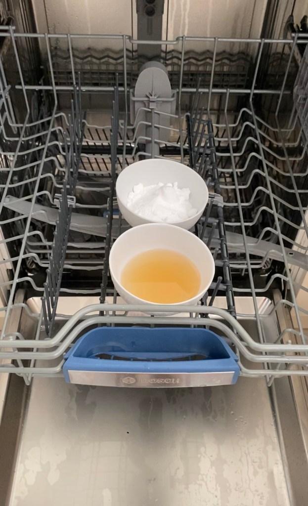 dishwasher vinegar bicarb soda wash