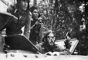 Imagem histórica quando os cubanos derrotaram mercenários patrocinados pelos EUA que invadiram a ilha pela praia Girón, em abril de 1961. Foto: internet
