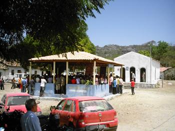 Atividade realizada no galpão no centro de Buriti Cristalino. Foto: Eduardo Sá.