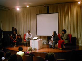 Da esquerda para a direita Negrar Rô, integrante do XX, Neusa , do. Foto: Eduardo Sá/Fazendo Media.