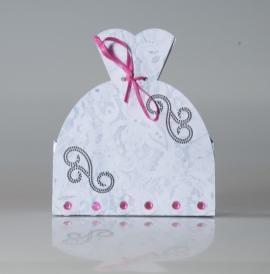 Lembrancinha-Vestido-caixa-para-festa-noiva-05 Moldes de Caixinhas Vestido - Princesas, Fadas, Noivas e Debutantes