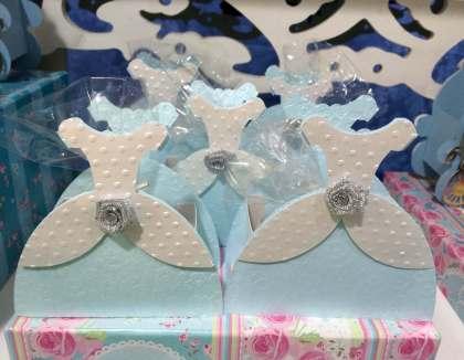 Lembrancinha-Vestido-caixinha-princesa-festas-06-1 Moldes de Caixinhas Vestido - Princesas, Fadas, Noivas e Debutantes