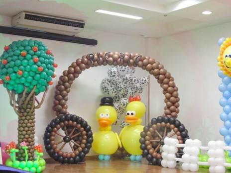 Balões-tema-festa-fazendinha-08 Idéias para festa Infantil com tema Fazendinha para meninos e meninas