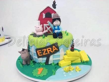 Bolo-festa-infantil-fazendinha-13 Idéias para festa Infantil com tema Fazendinha para meninos e meninas