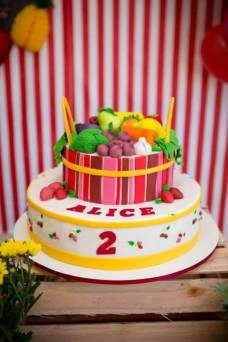 Bolo-festa-infantil-fazendinha-menina-04 Idéias para festa Infantil com tema Fazendinha para meninos e meninas