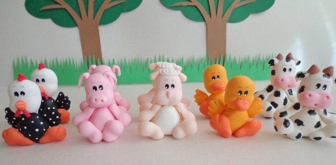 Lembrancinha-aniversário-fazendinha-bichinhos-de-biscuit Idéias para festa Infantil com tema Fazendinha para meninos e meninas